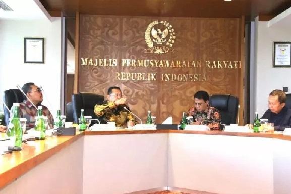 Para Pimpinan MPR RI menggelar Rapat Pimpinan MPR RI pada Senin (16/3), di Kompleks Parlemen, Jakarta, Senin. (Istimewa/ANTARA)