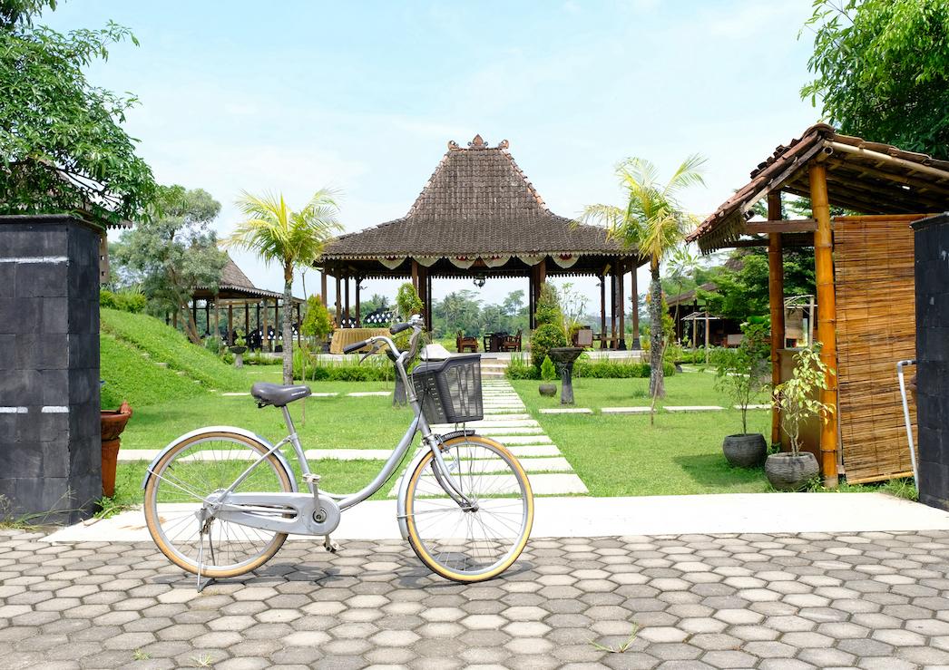 5 Lokasi Paling Hits di Sekitar Candi Borobudur untuk Bersepeda