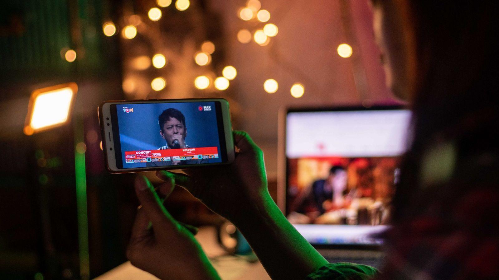 Layanan digital Telkomsel tercatat mengalami peningkatan pemakaian. Foto: Corcom Telkomsel