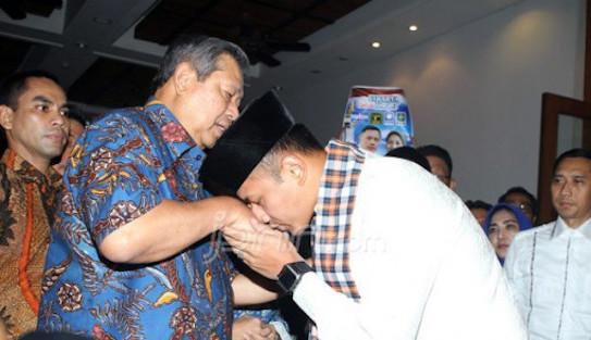 Jika Bisa Keluar dari Bayang-Bayang SBY, Maka AHY Pemimpin Sejati