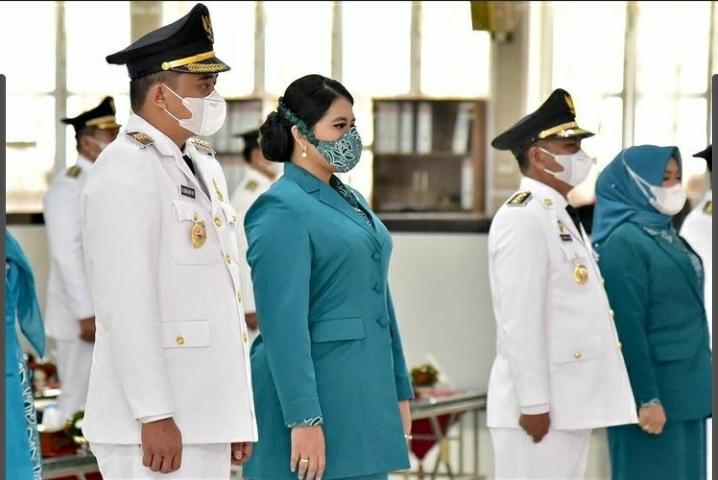 Kahiyang Ayu Tampil Anggun Saat Pelantikan Wali Kota Medan