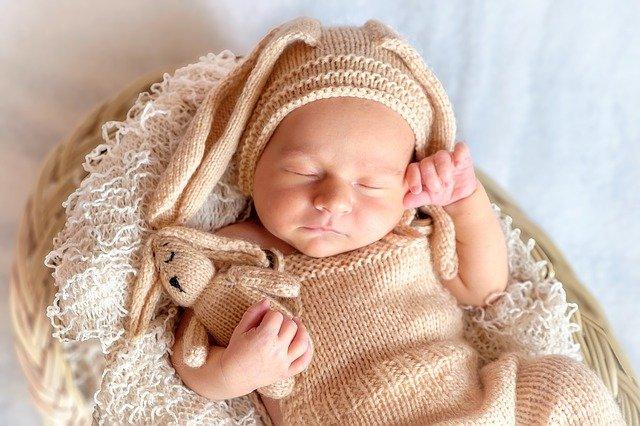 Rangkaian Nama Bayi Laki-laki yang Artinya Anak Berakhlak Mulia
