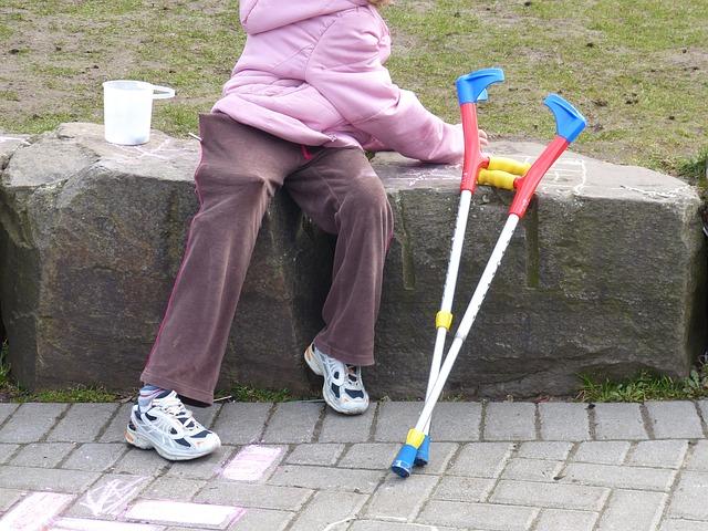 Ilustrasi penyandang disabilitas daksa. Foto: Pixabay