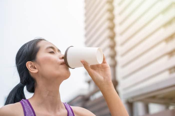 Jarang Diketahui, 3 Manfaat Minum Kopi Sebelum Olahraga