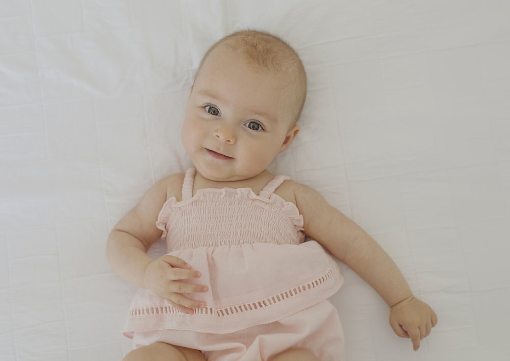 Inspirasi Nama Bayi Perempuan Paling Indah Sedunia, Sangat Cantik