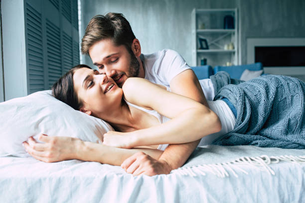 Ilustrasi pasangan suami istri. Foto: Shutterstock