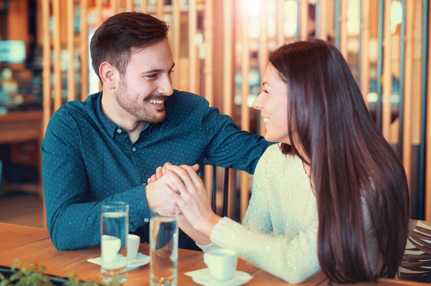 Ilustrasi pasangan romantis. Foto: Shutterstock