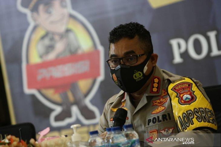 Kapolrestabes Surabaya Kombes Pol Jhonny Edison isir (ANTARA Jatim/Didik Suhartono)