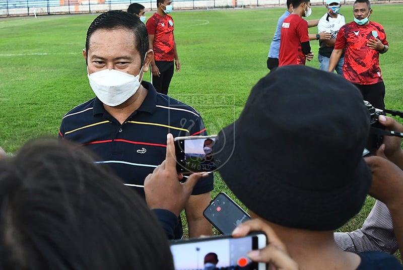 Pembina dan Penasehat Persela Lamongan, Yuhronur Efendi. Foto: Perselafootball.com