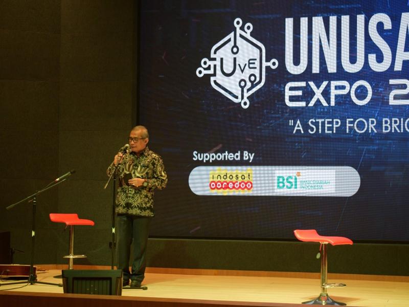 Rektor Unusa, Prof. Dr. Ir. Achmad Jazidie, M.Eng membuka virtual expo 2021. Foto: Humas Unusa.