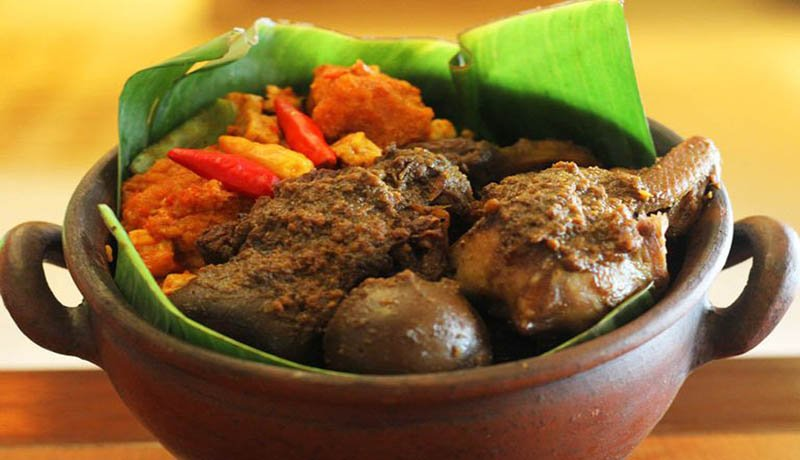 #mudik2018 Sobat Wisata Mudik Sambil Wisata ke Jogja ? Ini Dia 10 Kuliner yang Wajib Kamu Nikmati