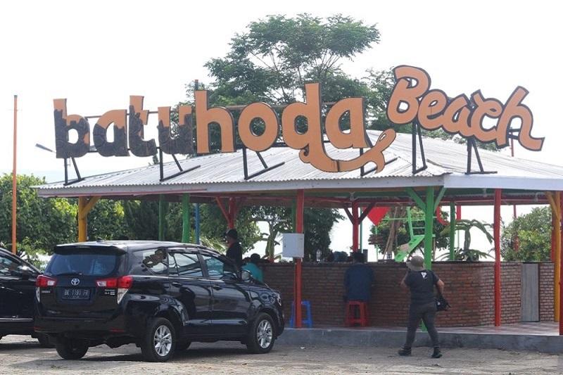 Pantai Bathoda, Danau Toba.