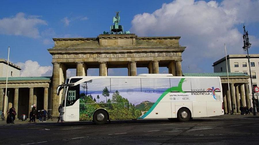 Bus Wonderful Indonesia di Jerman. (Foto: Dok Kemenpar)