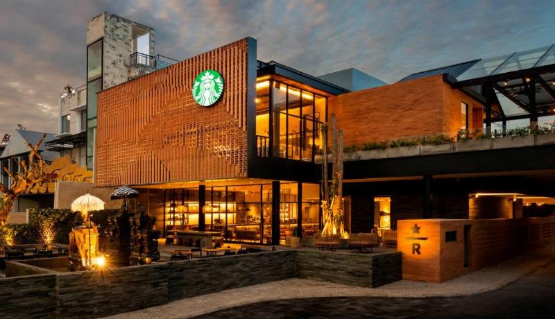 Bagian depan Starbucks Dewata Coffee Sanctuary