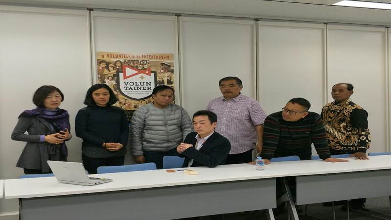 Dinas Kepemudaan Olahraga dan Pariwisata saat melakukan studi tiru ke Tokyo, terkait kegiatan Borobudur Marathon 2019 (foto: Diaspora Jateng).