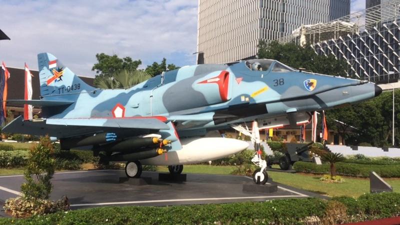 TNI mengajak para siswa mengunjungi Museum Satria Mandala (foto: jakarta-tourism.go.id)
