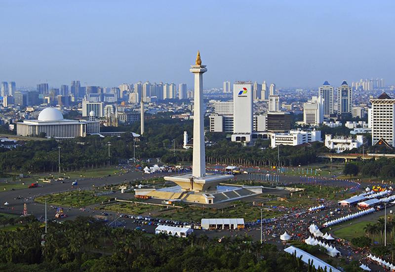 Kawasan Monas Jakarta (Sumber: Pesona.travel)