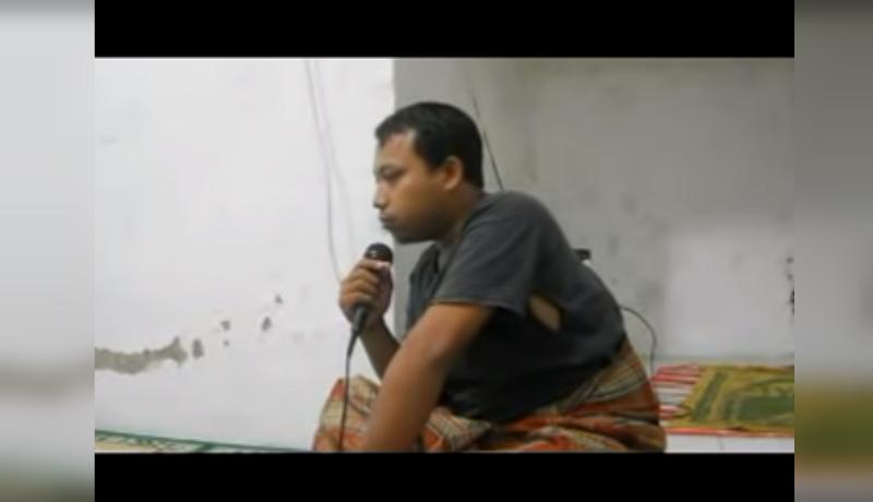 Pemuda kocak bangunkan sahur warga (Foto : Youtube)