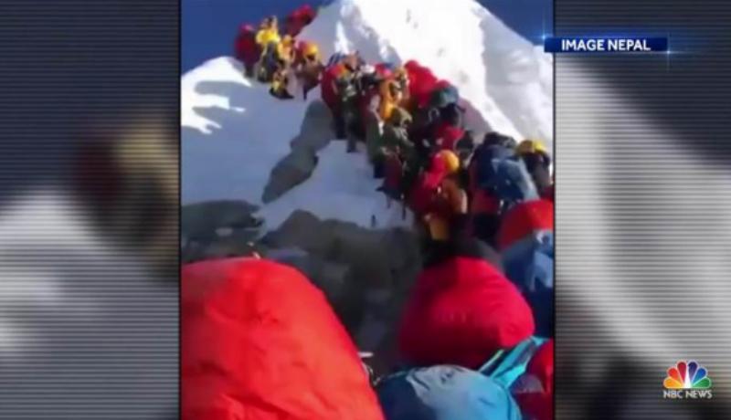 Jalur pendakian Gunung Everest terlalu padat (Foto : Istimewa)