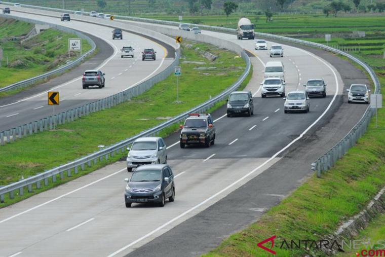 Tol Trans Jawa (Sumber foto: Antaranews.com)