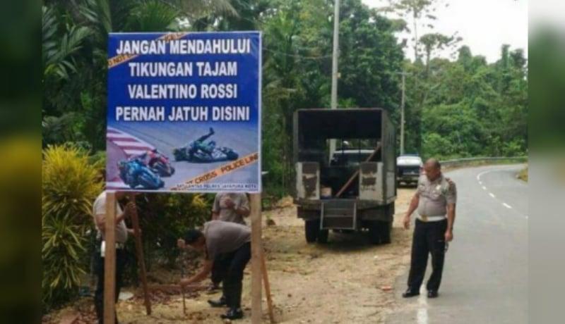 Spanduk kocak mudik 2019 buatan polisi bikin netizen ngakak hard (Foto : Istimewa)