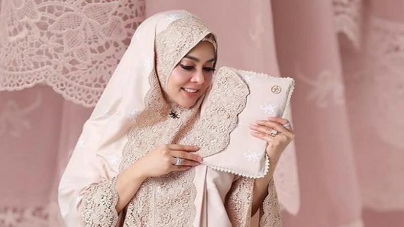 Mukena Syahrini (Foto : Istimewa)