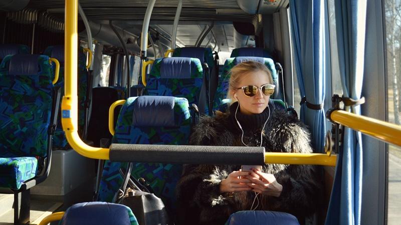 Besok sudah Lebaran, ini cara asyik mudik naik bus (foto: pixabay)