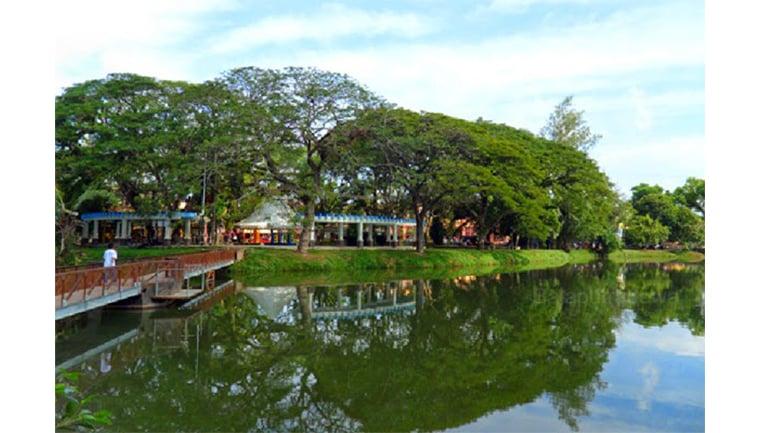 Ilustrasi taman - Taman Kambang Iwak Palembang (Sumber: BackpackerJakarta)