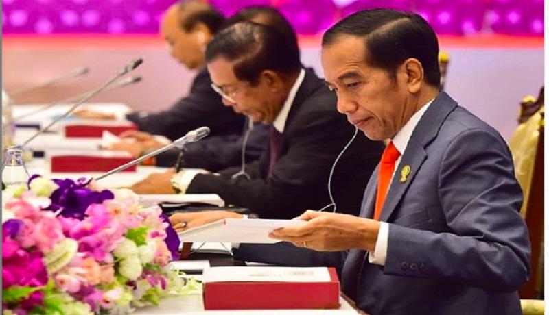 Presiden RI Joko Widodo dalam forum pemimpin ASEAN di Hotel Athenee, Bangkok (instagram)