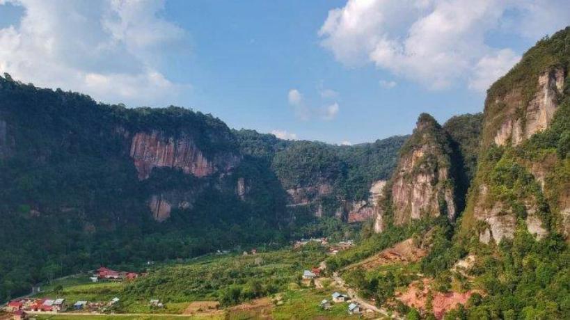 Lembah Harau, Sumatera Barat, sering dikira alam Eropa atau Amerika Serikat (Foto : Istimewa)