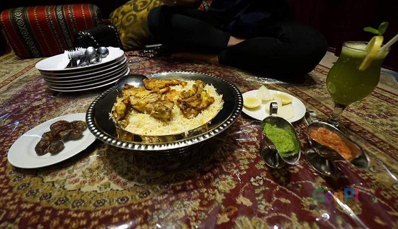 Menu hidangan buka puasa di restauran Aljazerah. (Foto: Nje)