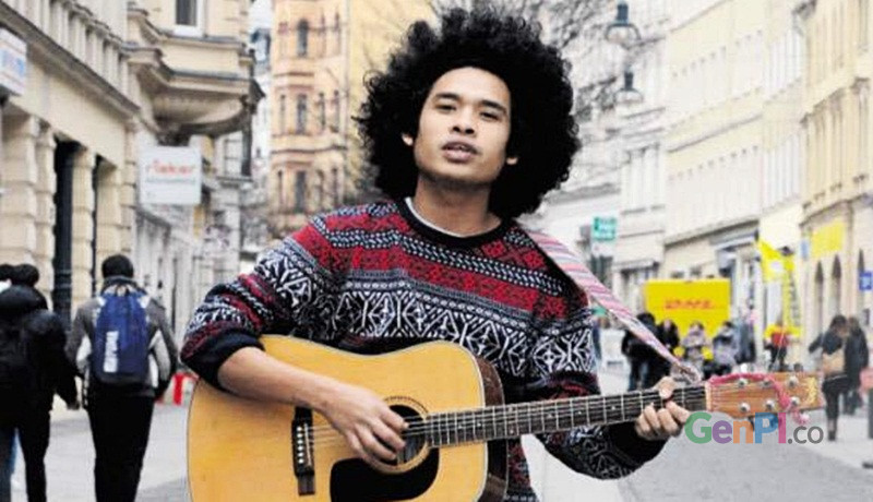 Penyanyi musik reggae asal Lombok, Raga Fullmoon