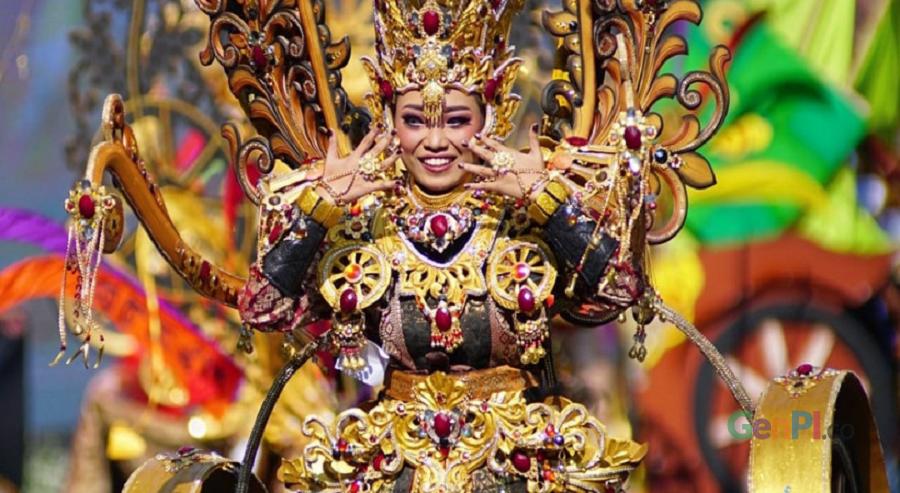 Banyuwangi Etno Carnival (Foto: Rizal Kris/GenPI.co)