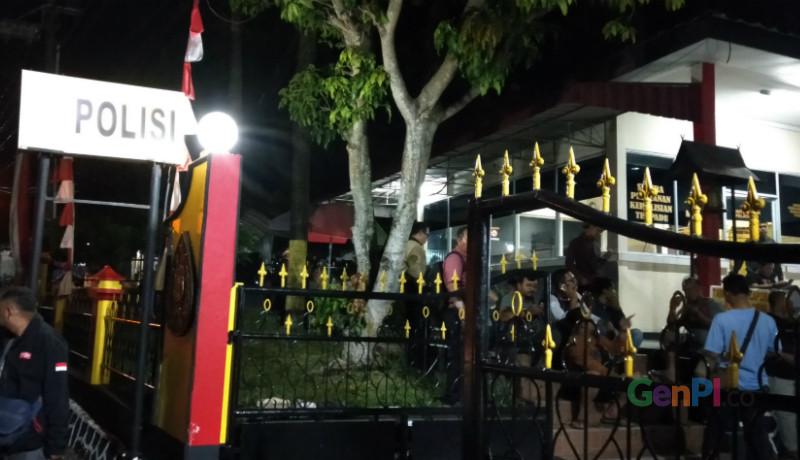 KPK Sita barang bukti 6 ribu dolar Singapura dari tangan Gubernur Kepri